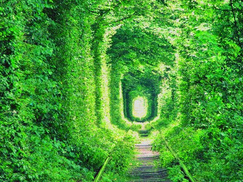 恋のトンネル_ウクライナ