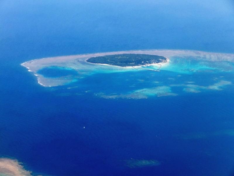 鳩間島はシュノーケリングツアーも楽しめる島!オススメ宿もご紹介