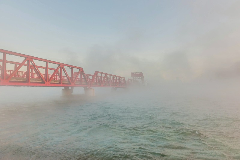 肱川あらし_長浜大橋001