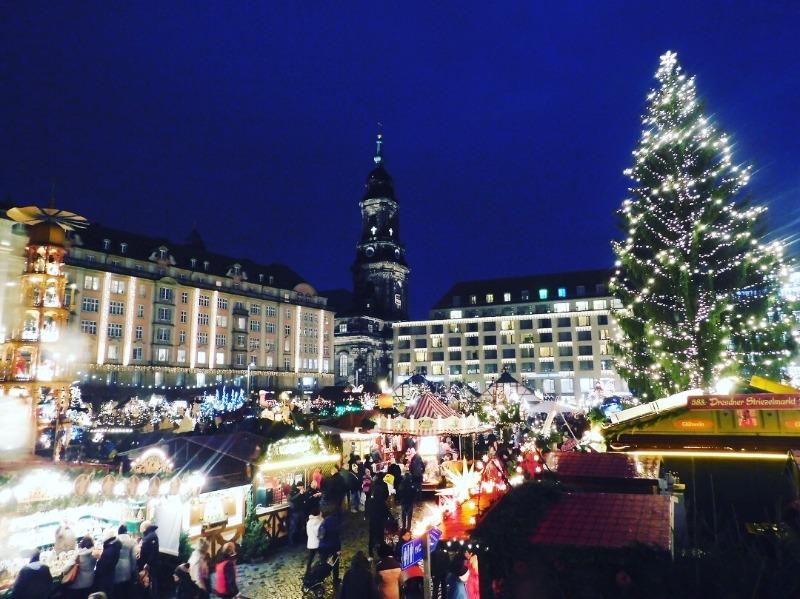ドレスデン_クリスマスマーケット