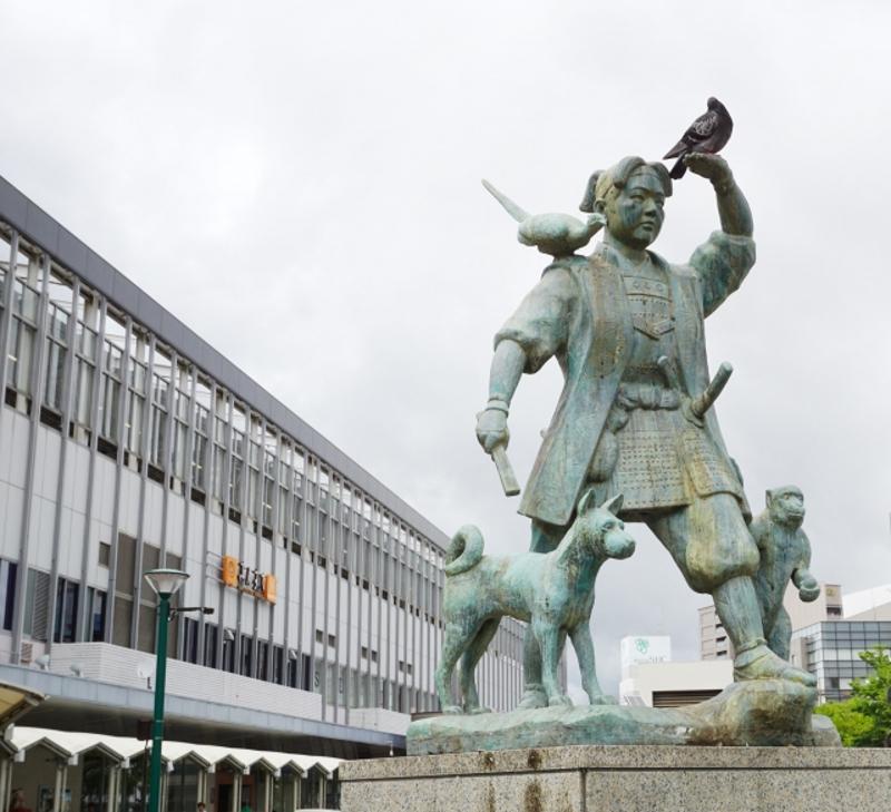 岡山駅桃太郎画像