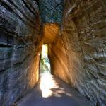 燈籠坂大師の切通しトンネル in 千葉県富津市は秘境的