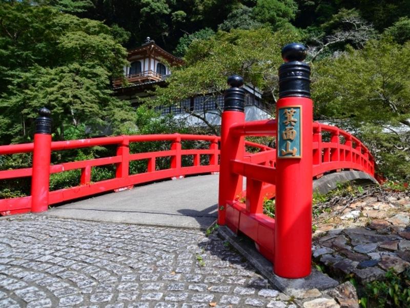 瀧安寺赤橋画像
