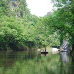 100m超の断崖がそそり立つ『猊鼻渓』舟下りでの渓谷観光がすごい!