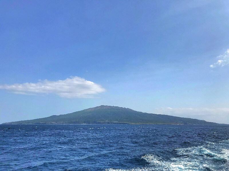 三宅島全景