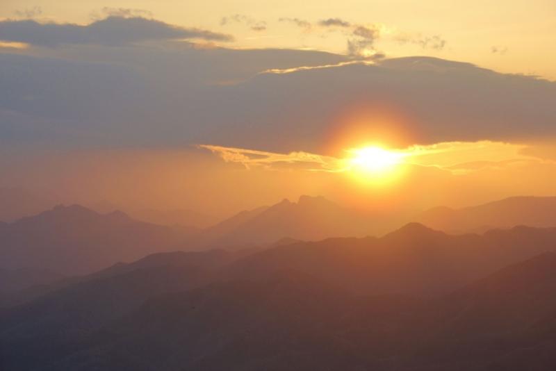 美の山公園からの夕日画像