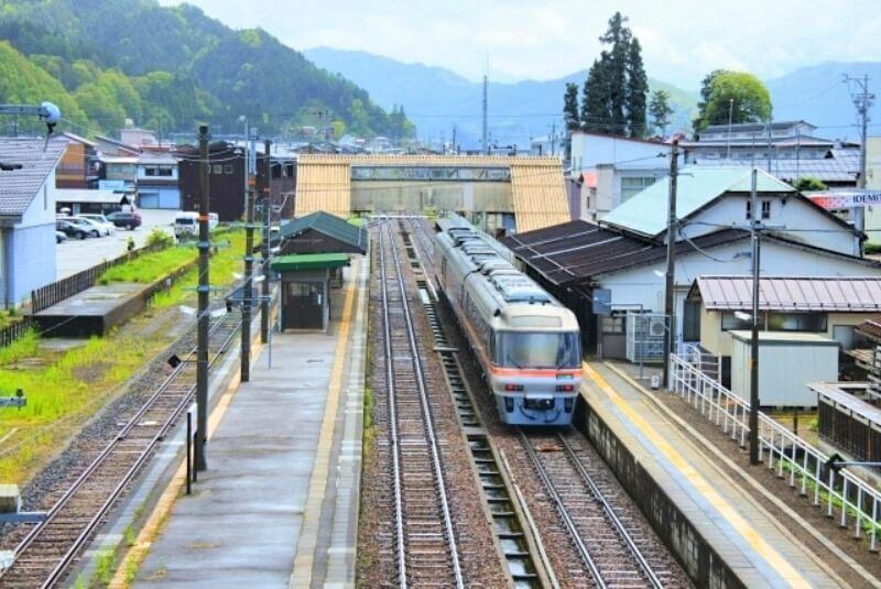 飛騨古川駅_跨線橋