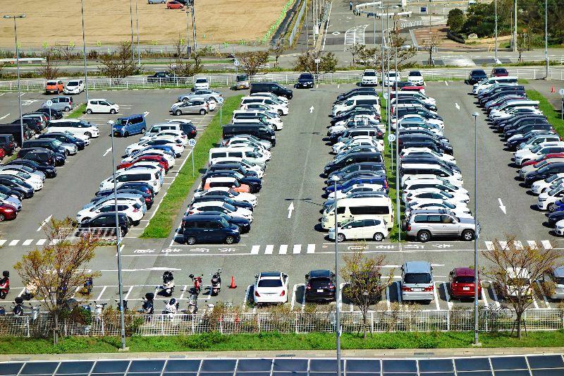 神戸空港駐車場