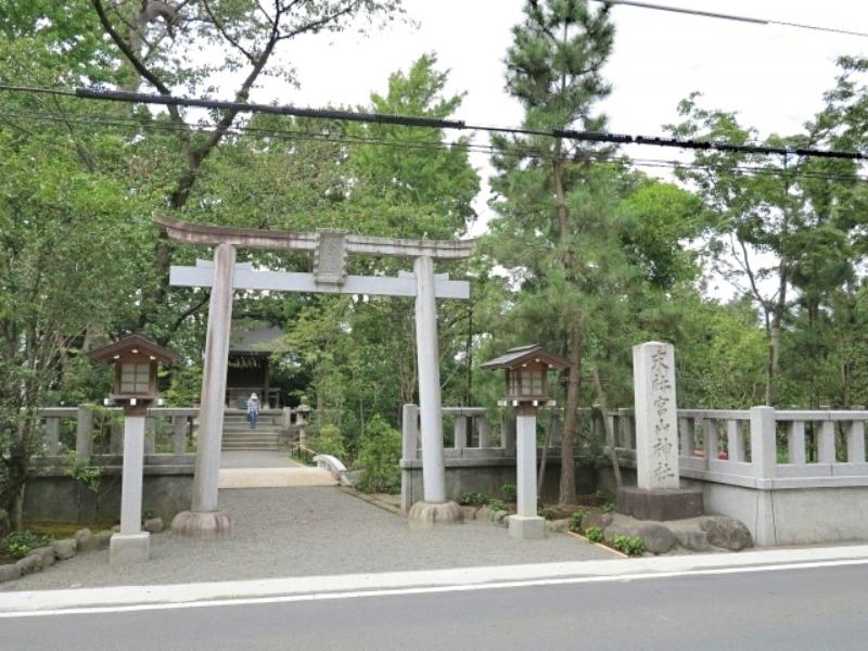 寒川神社_宮山神社