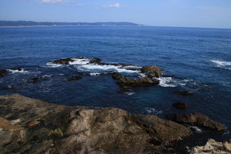 仁右衛門島岩場画像