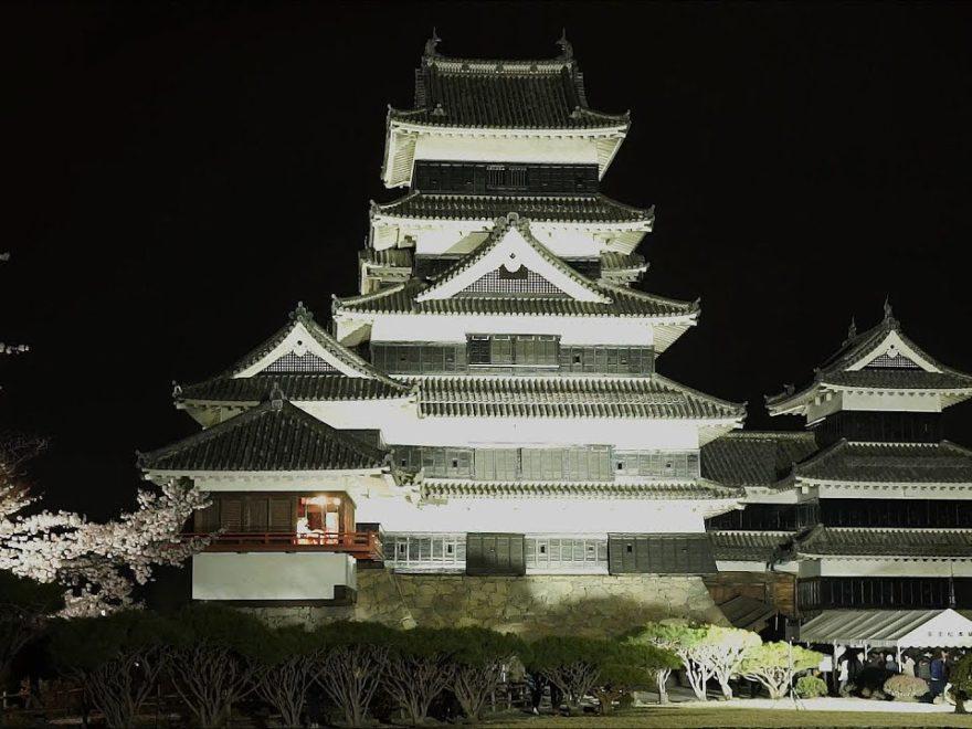 国宝 松本城(長野) | 2019年夜桜ライトアップ・見頃情報