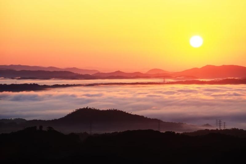弥高山雲海2