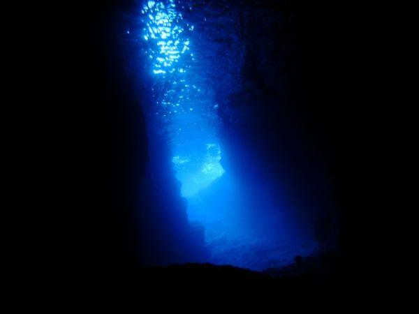 沖縄_青の洞窟