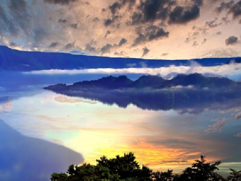 十和田湖-cover